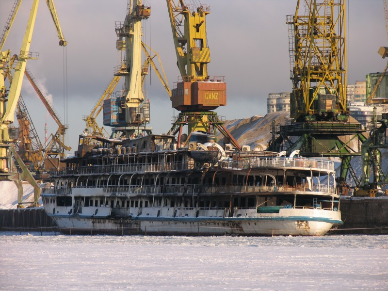 Sergey Abramov in North River Port 31-jan-2012 04