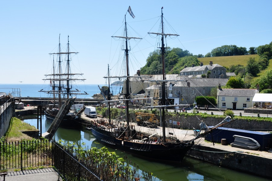 Ships in Charlestown harbour