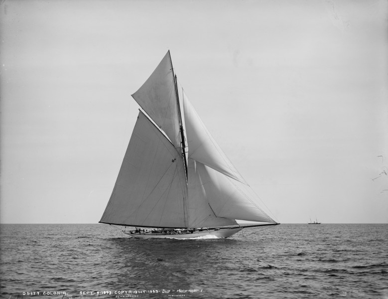 Sloop Colonia-3