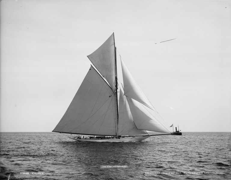 Sloop Colonia-5