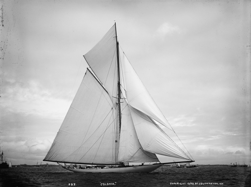 Sloop Colonia-8
