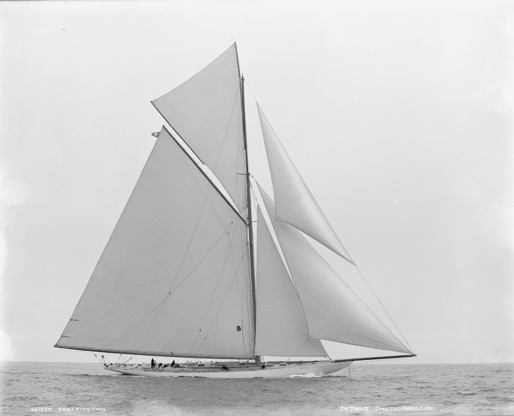 Sloop Constitution-1