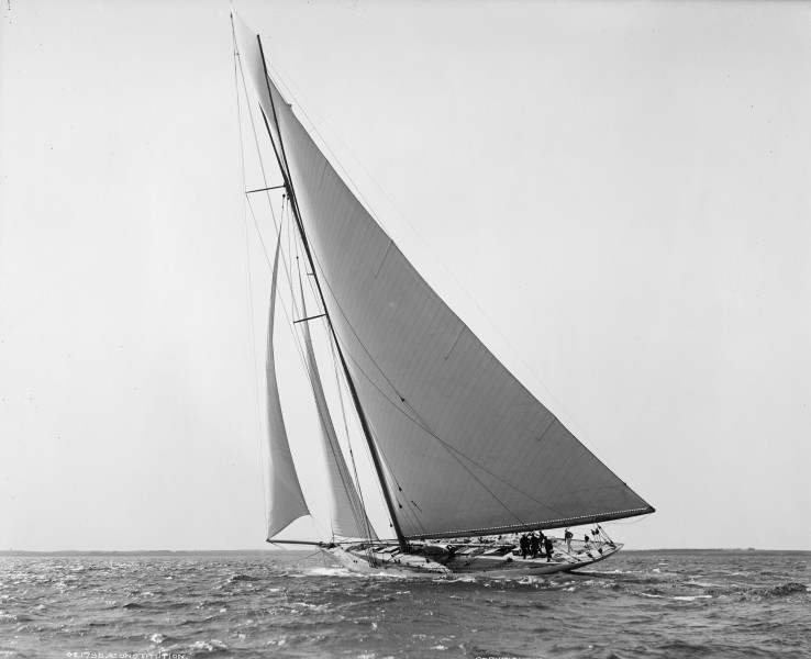Sloop Constitution-2