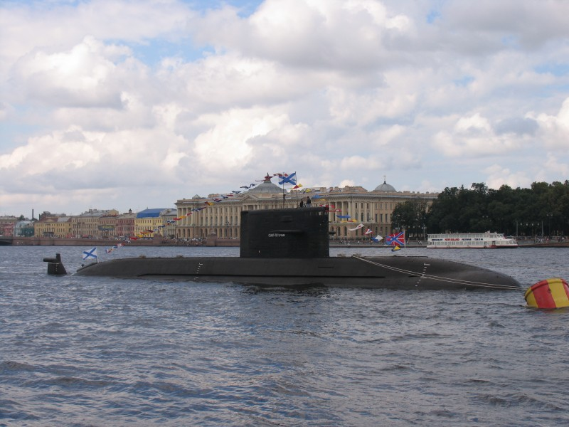 Submarine B-585 Sankt-Peterburg in SPb 2011 (2)