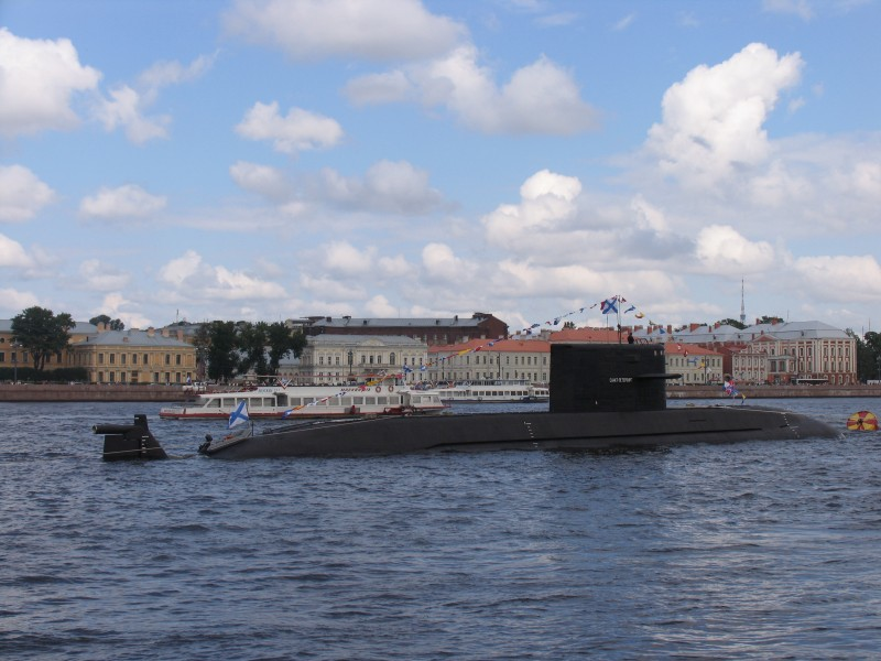 Submarine B-585 Sankt-Peterburg in SPb 2011 (4)