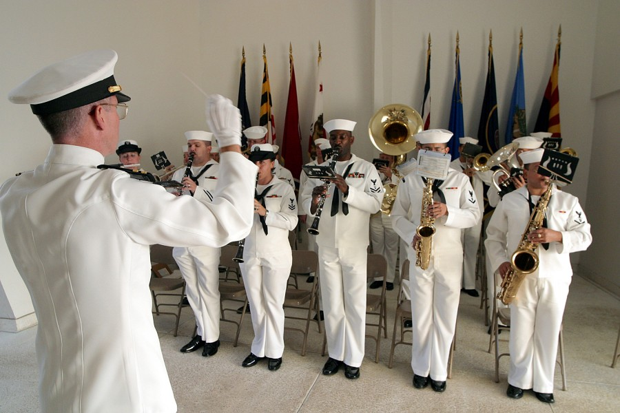 US Navy 021207-N-3228G-005 The Pacific Fleet Band, led by Lt. Dale E. Yager, performs at the USS Arizona Memorial during the Dec. 7th commemoration ceremony