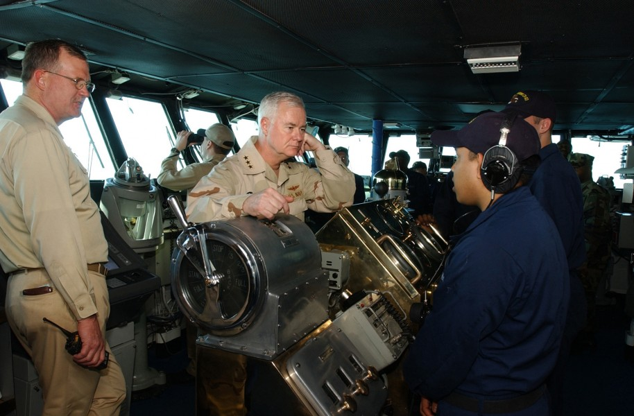 US Navy 030301-N-0120R-002 Vadm. Keating visits USS Kitty Hawk