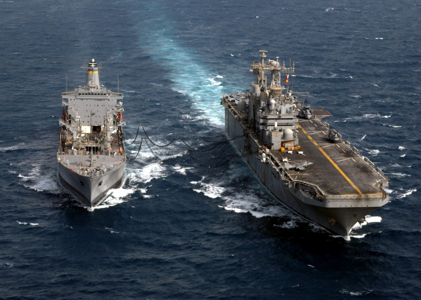 US Navy 030407-N-2515C-005 USS Tarawa (LHA 1) receives fuel during an underway replenishment (UNREP) with Military Sealift Command Oiler USNS Yukon (T-AO 202)
