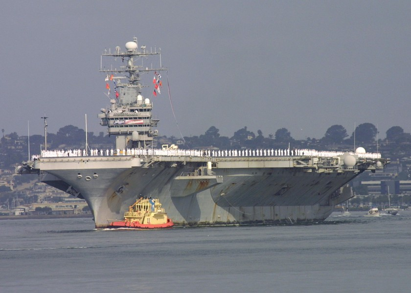 US Navy 030502-N-1144C-002 The aircraft carrier USS Abraham Lincoln (CVN 72) pulls into San Diego Harbor