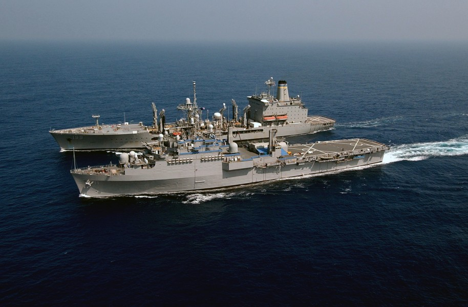 US Navy 040420-N-9849W-285 The command ship USS Coronado (AGF 11) pulls alongside the Military Command Ship (MSC) underway replenishment oiler USNS Tippecanoe (T-AO 199)