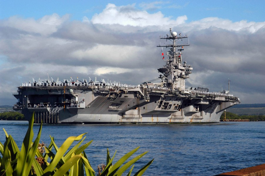 US Navy 050223-N-8157C-077 The Nimitz-class aircraft carrier USS Abraham Lincoln (CVN 72) arrives in Pearl Harbor, Hawaii for a port visit