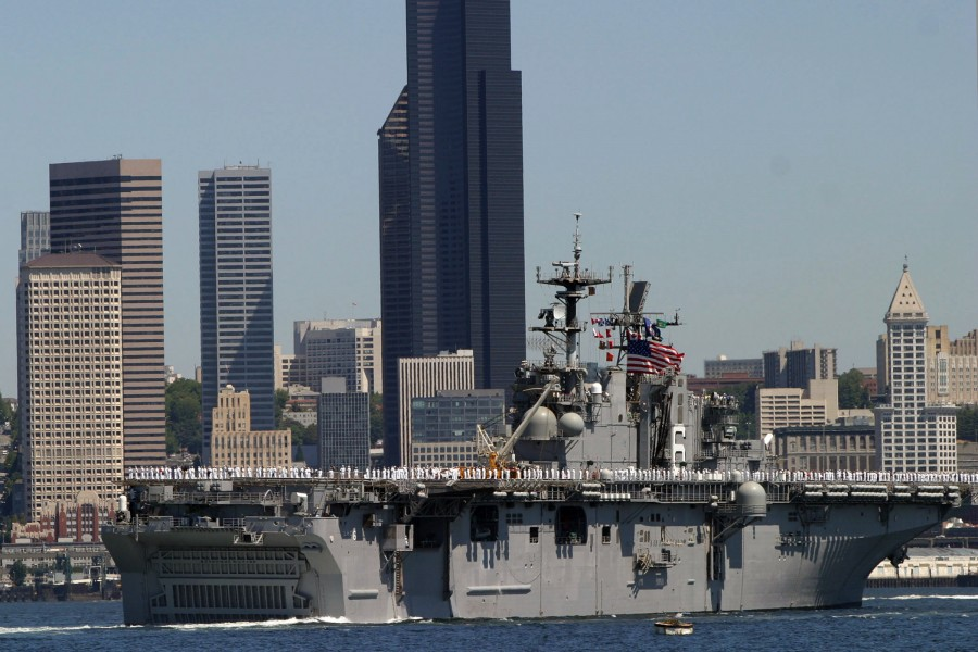 US Navy 050803-N-0975R-008 The amphibious assault ship USS Bonhomme Richard (LHD 6), sails along downtown Seattle as part of the 55th Annual Seafair Parade of Ships