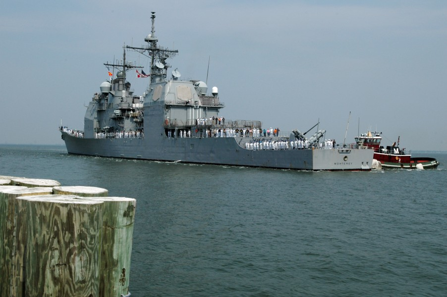 US Navy 060525-N-2197S-040 The guided-missile cruiser USS Monterey (CG 61) returns to Naval Station Norfolk