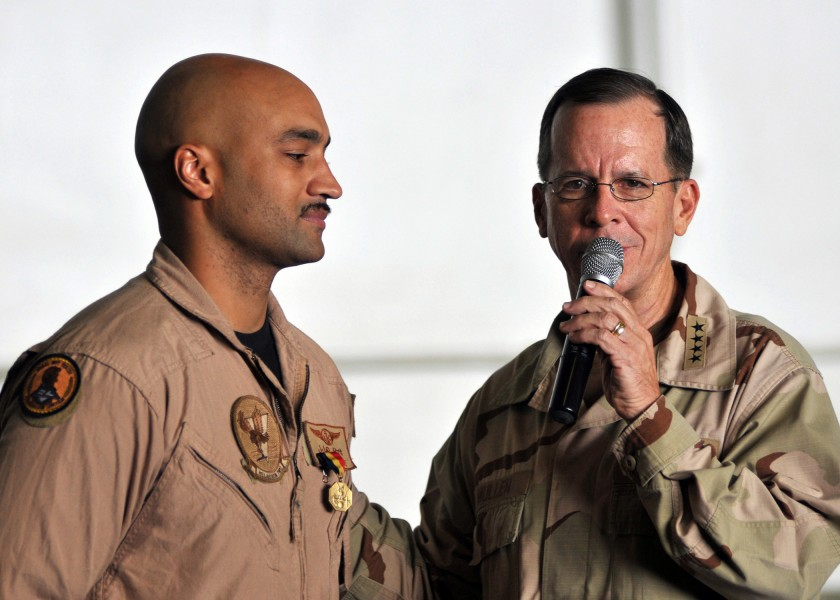 US Navy 080827-N-7981E-402 Chairman, Joint Chiefs of Staff Adm. Mike Mullen speaks to Sailors assigned to the