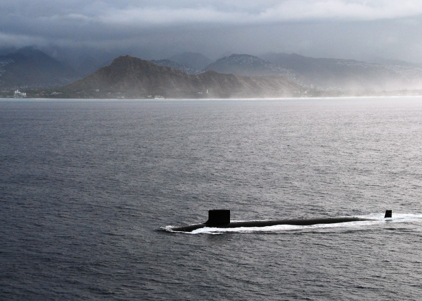 US Navy 090723-N-6855K-096 The Virginia-class attack submarine USS Hawaii (SSN 776) passes by Diamond Head crater while transiting to Pearl Harbor, the submarine's new home port
