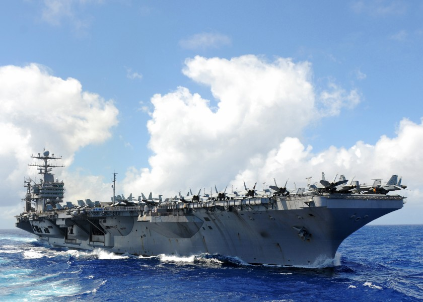 US Navy 110302-N-2937R-224 The Nimitz-class aircraft carrier USS Abraham Lincoln (CVN 72) transits the Pacific Ocean