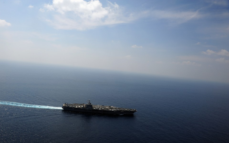 US Navy 120118-N-YL945-090 The Nimitz-class aircraft carrier USS Abraham Lincoln (CVN 72) transits the Indian Ocean