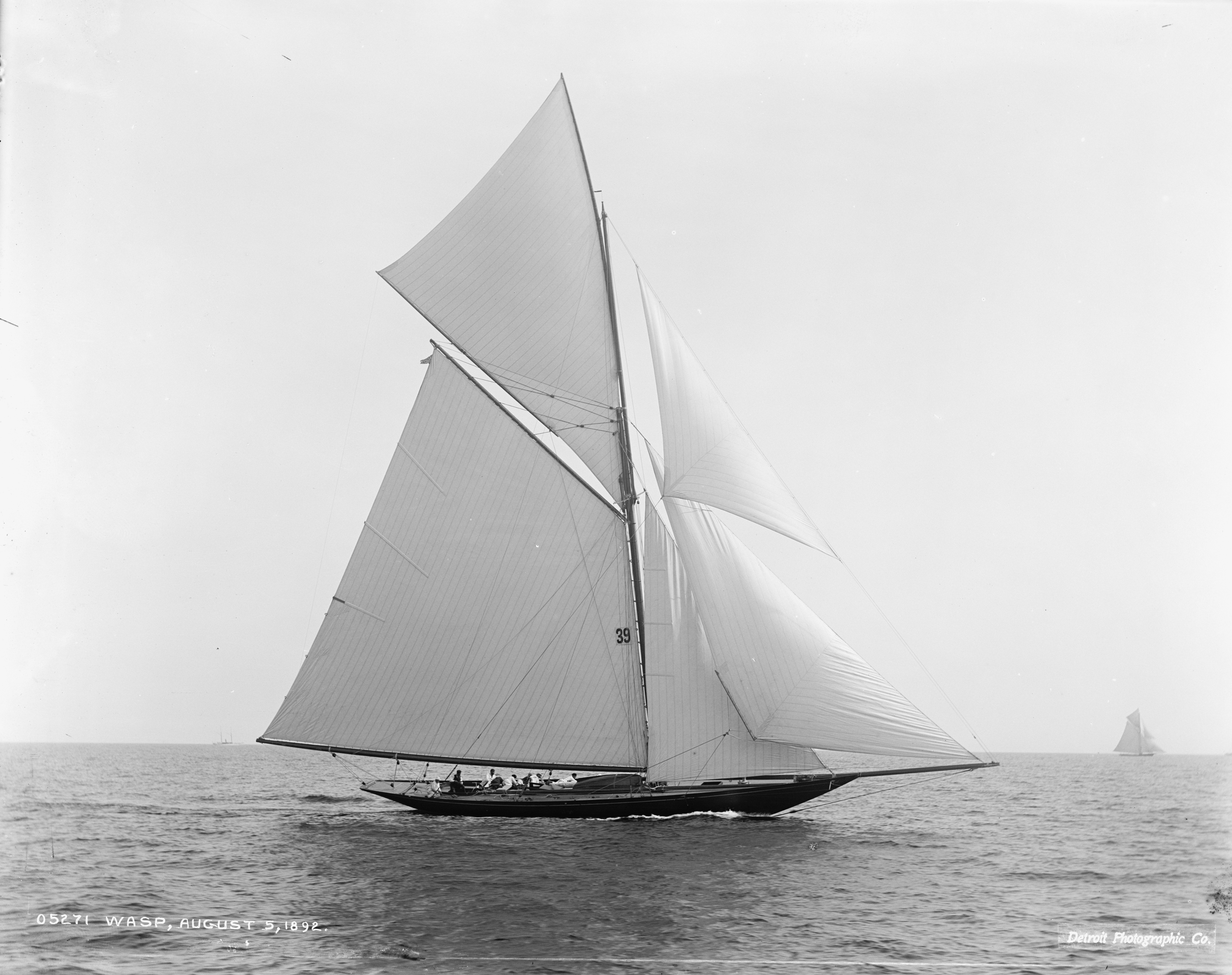Sloop Wasp-4