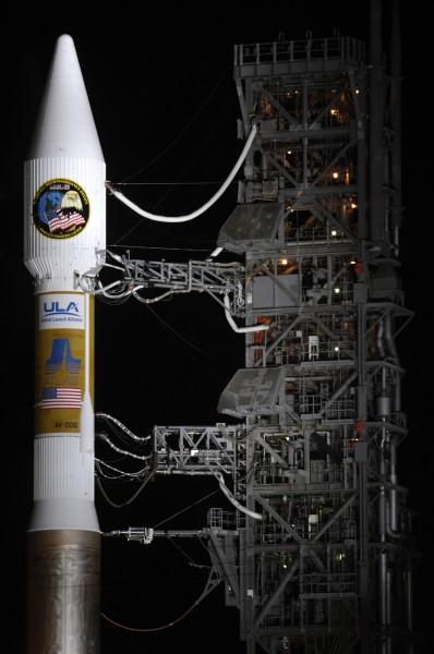 A Payload fairing and Centaur upper stage of an Atlas V 411