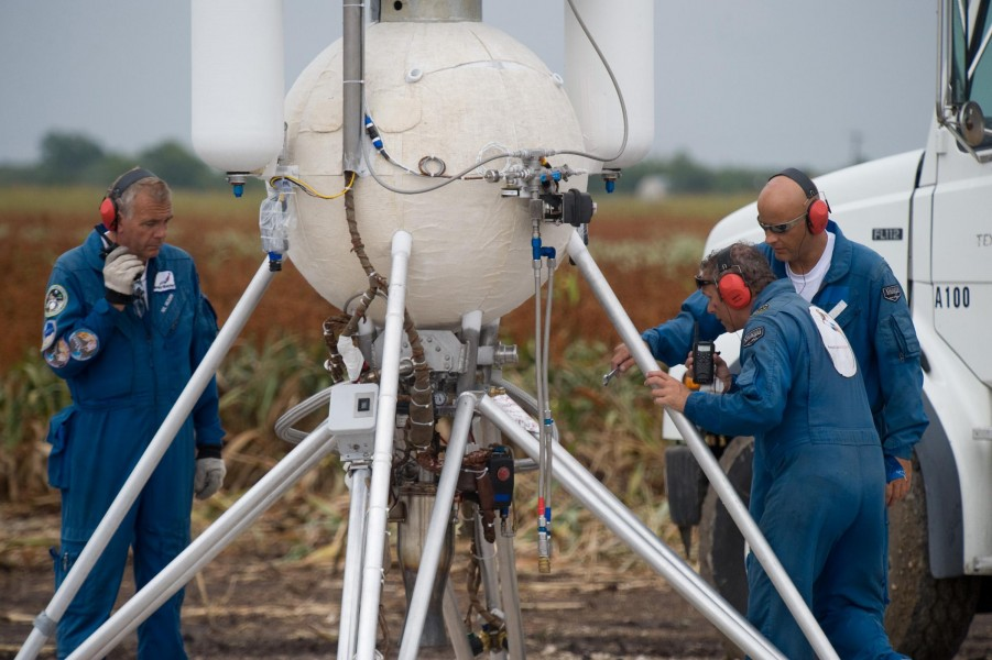 Armadillo Aerospace Technicians inspect their rocket