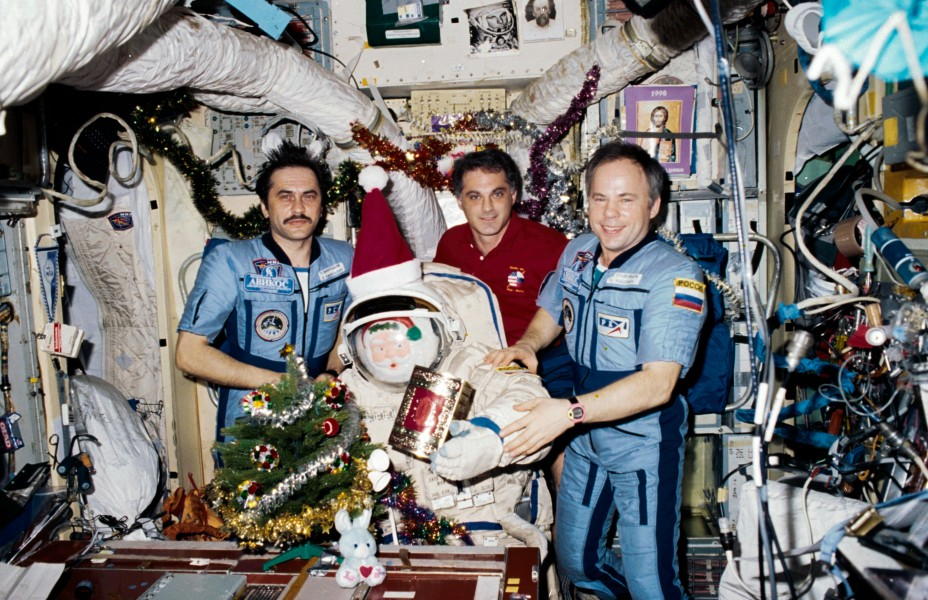 Christmas 1997 on the Mir Space Station