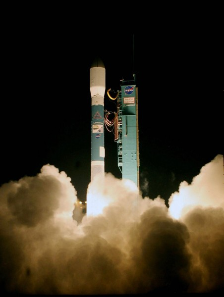 Delta II 7420-10C rocket launching CALIPSO and CloudSat