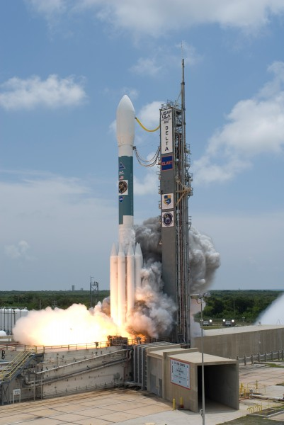 Delta II Heavy ignitation with GLAST