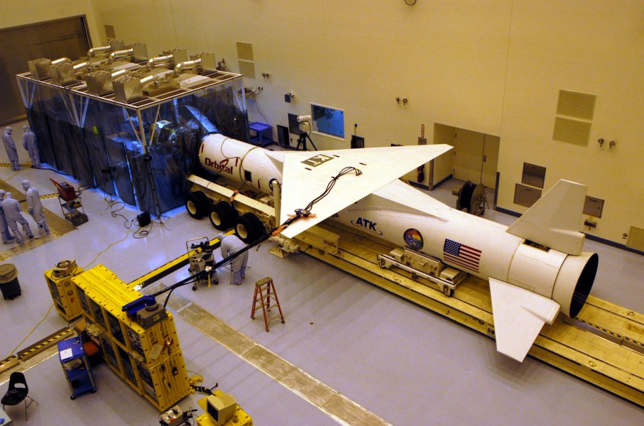 Pegasus XL rocket in MPPF with clean room