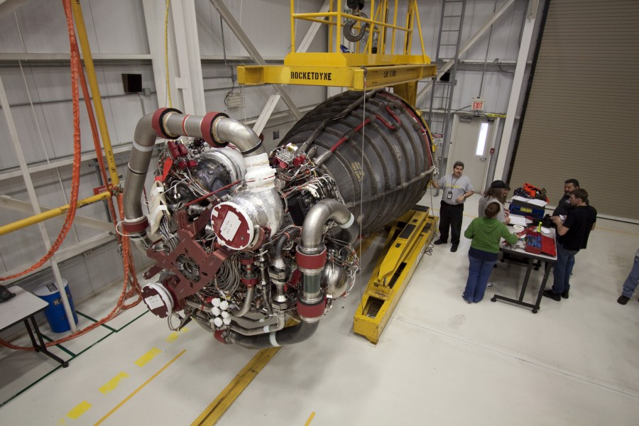 STS132 Main Engine2