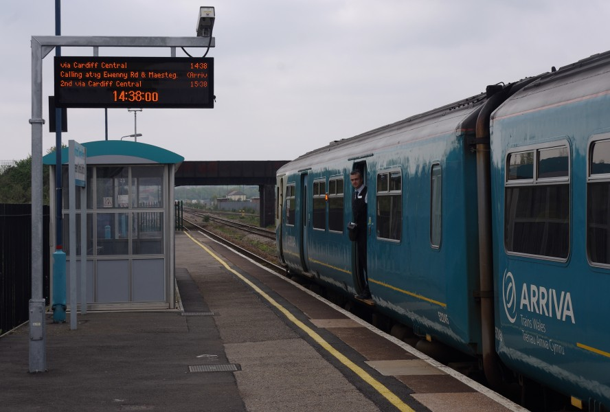 Severn Tunnel Junction railway station MMB 27 150245